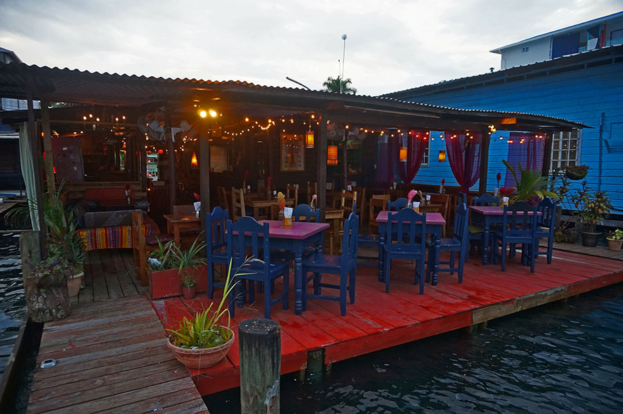 Om-Cafe-and-Bar-Bocas-del-Toro-Gallery-2018-16