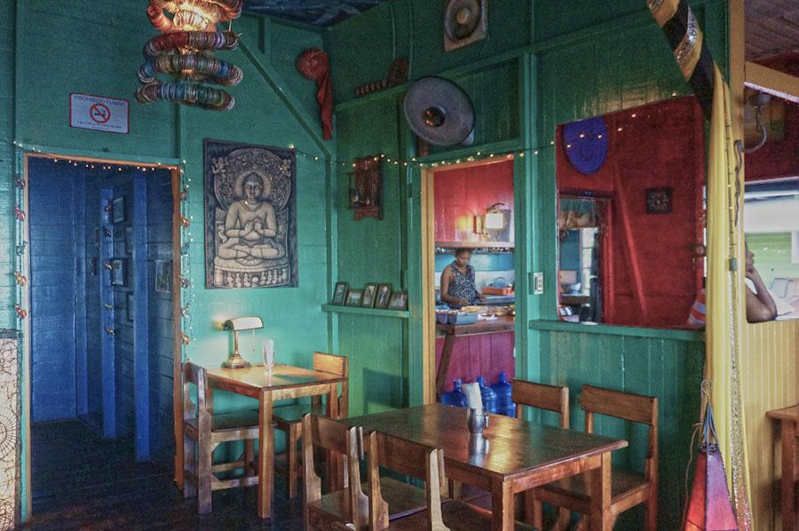 om-cafe-bocas-del-toro-new-4.jpg