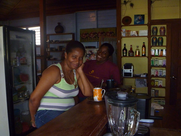 staff-om-cafe-bocas-del-toro