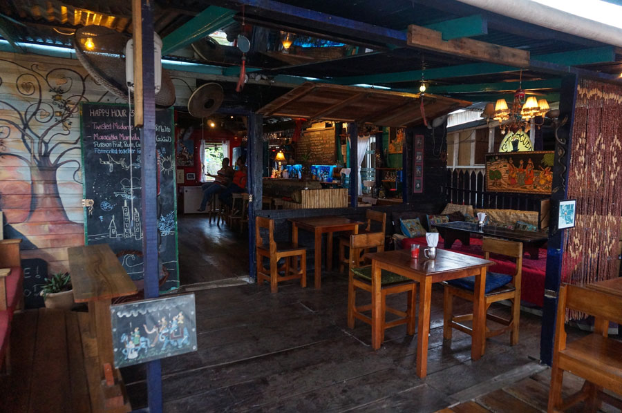 om-cafe-indian-restaurant-bocas-del-toro-panama-13